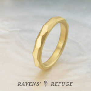 organic 21k wedding band – faceted rustic gold ring