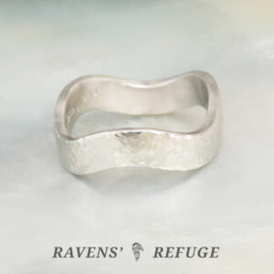 zig zag platinum ring – wavy wedding band