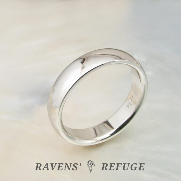 5mm traditional platinum wedding band for men or women