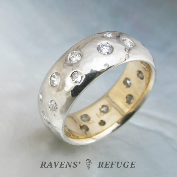 scattered diamond ring – two tone hammered wedding band